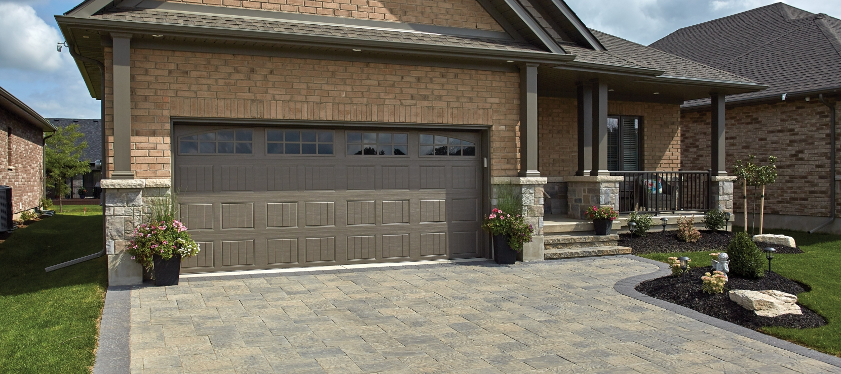 Driveway using Ridgefield Plus and Centurion products from Brampton Brick