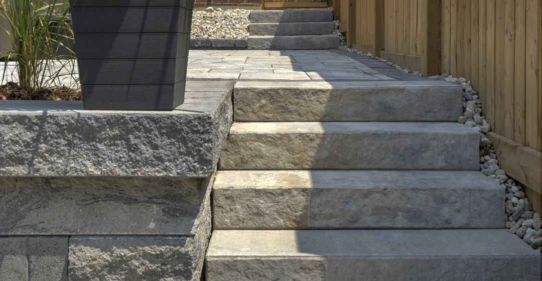Walkway using Aria Step, Proterra and Villanova products from Brampton Brick