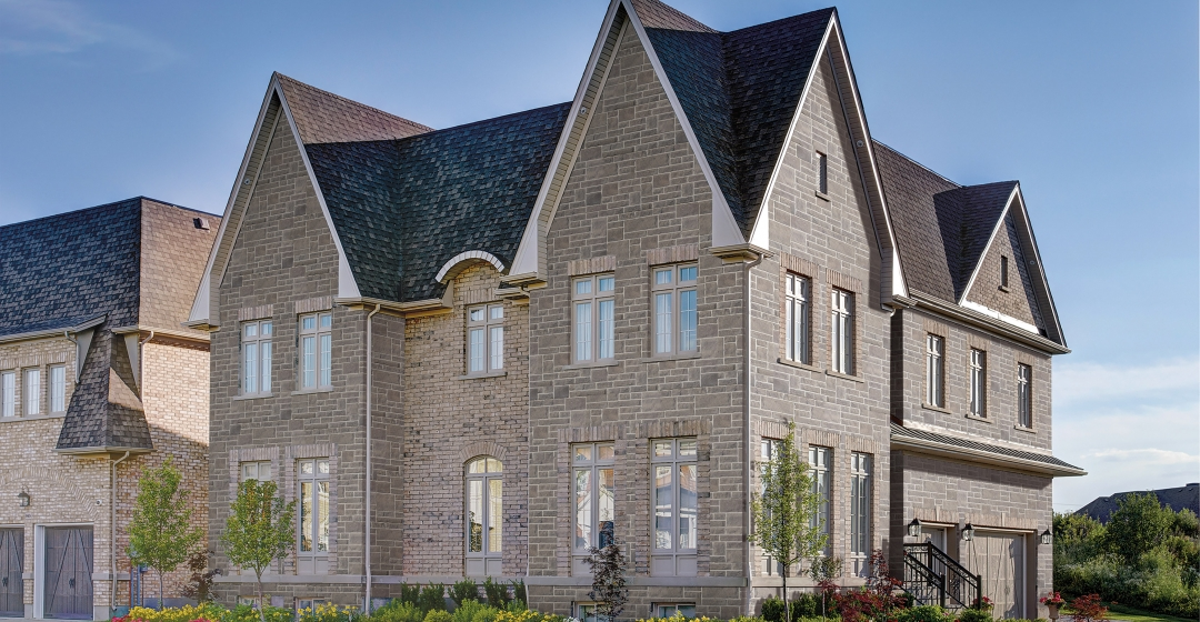 House using Norfolk USA and Crossroads Series products from Brampton Brick