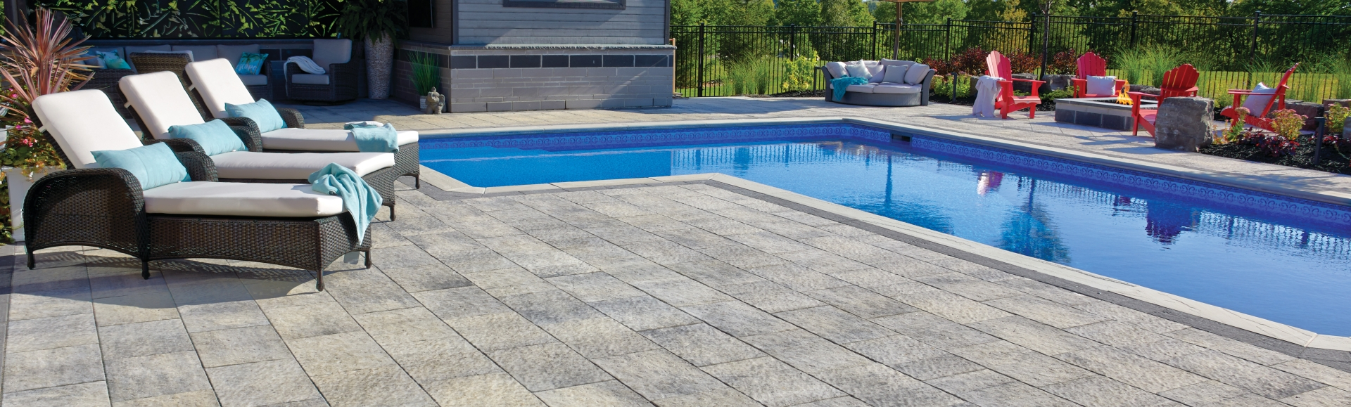 Patio with pool using Rialto and Monterey products from Brampton Brick